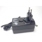 Lichtnet stekker adapter 12volt-2,5Amp