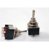 Schakelaar, subminiatuur, 2 x om 250 volt per 2 stuks