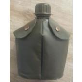 Veldfles orgineel nederlandse leger gebruikt  plastic hoes groen