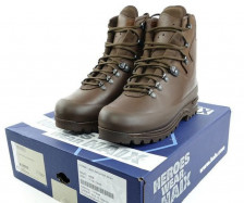 Haix bergschoenen van de Koninklijke Landmacht maat 45/290B