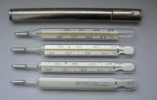 Kwik thermometer met opberghuls